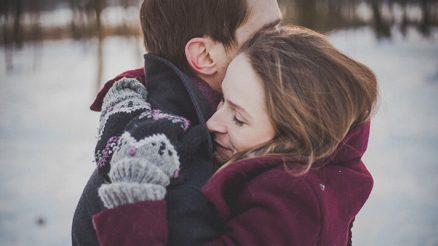 5 Tips on How to Say Sorry to Your Wife or Husband