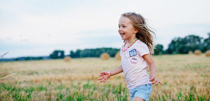 5 Effective Ways to Raise Non-Materialistic Children