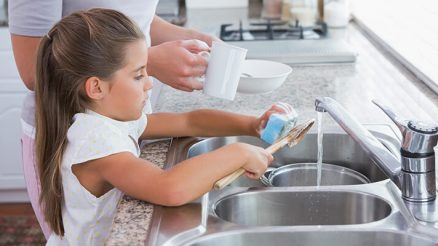 How to Get Your Kids to Do Chores: 8 Effective Ways